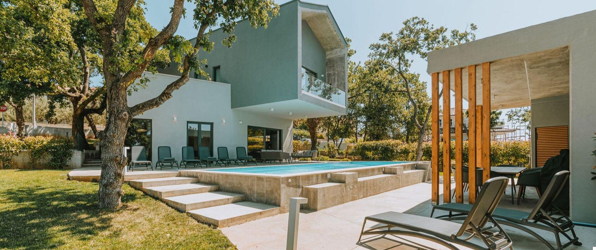 Nowoczesna Villa Vela z dużym basenem